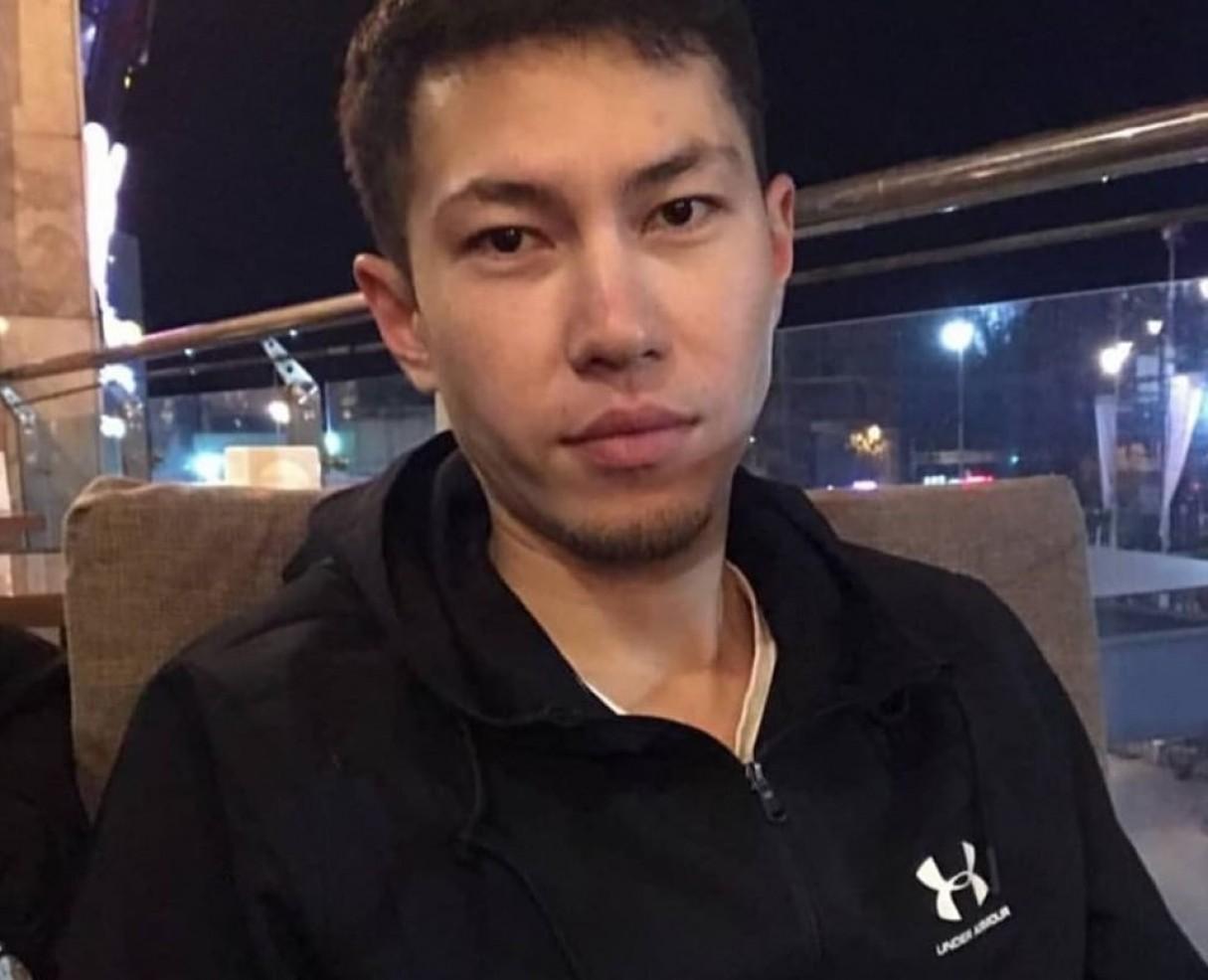 Авиакатастрофа в Алматы: при падении самолета парень заслонил своим телом беременную женщину