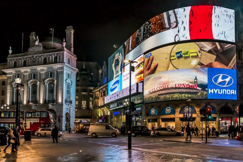 Продвижение бизнеса: плюсы и минусы современной рекламы