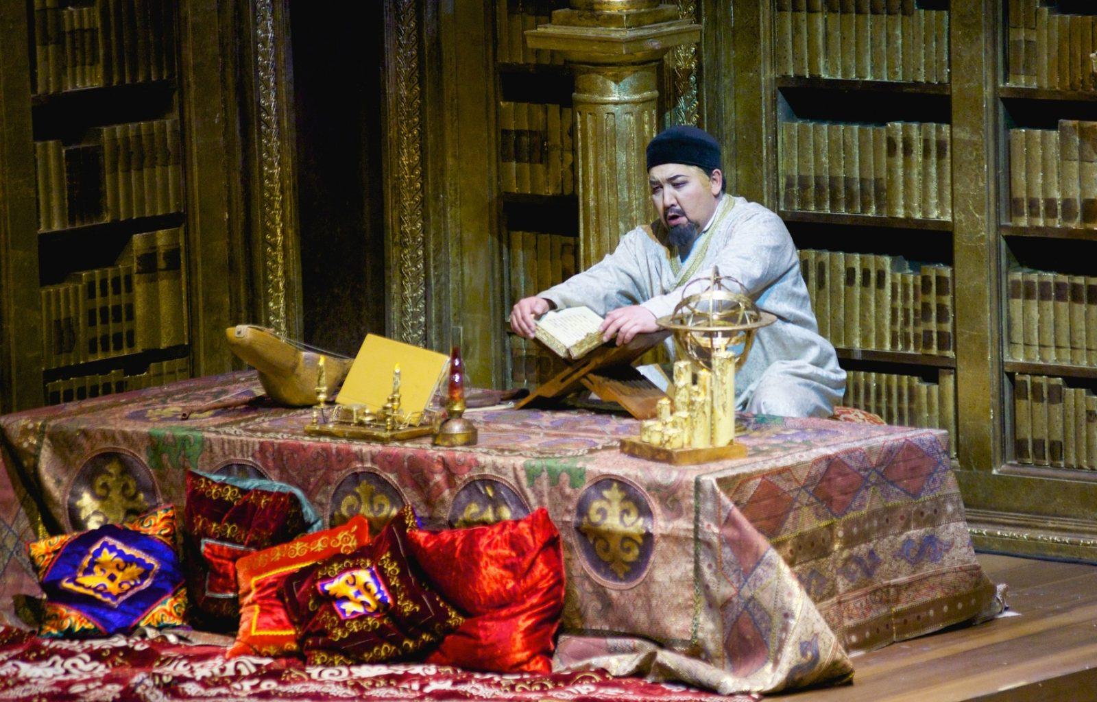 Официальное открытие празднования 175-летия Абая прошло в театре «Астана Опера»