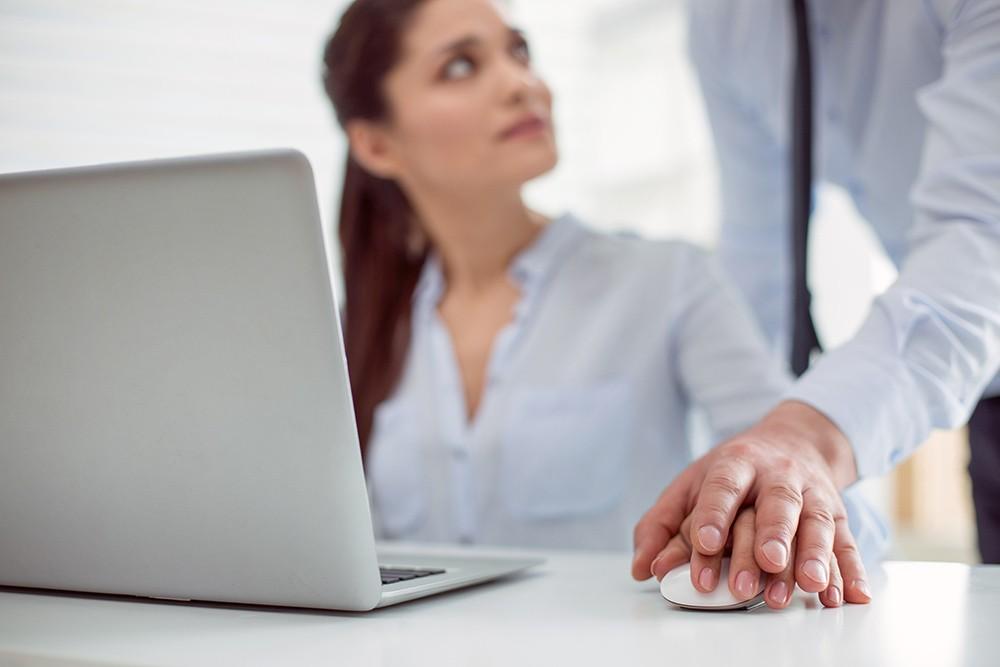 В США разработали ботов, умеющих распознавать домогательства в рабочей переписке