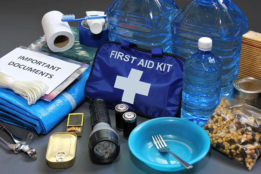 Как собрать «тревожный чемоданчик»? Самые необходимые вещи на случай землетрясения