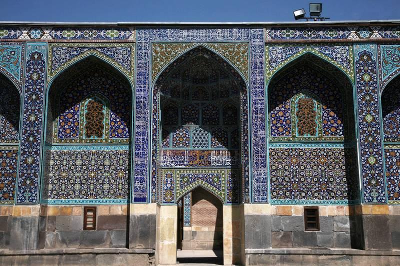 Ханега и святилища шейха Сафи аль-Дин ЮНЕСКО в Иране