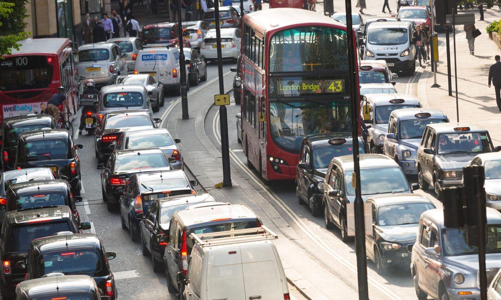 Британия через 15 лет планирует полностью перейти на электромобили