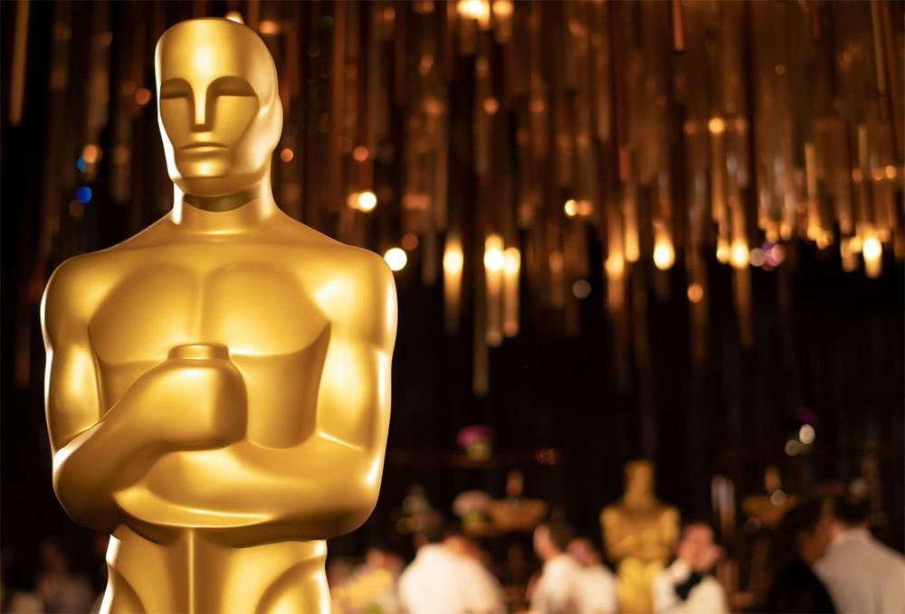 Историческая победа корейского кино, первый «Оскар» у Хоакина Феникса и Брэда Питта