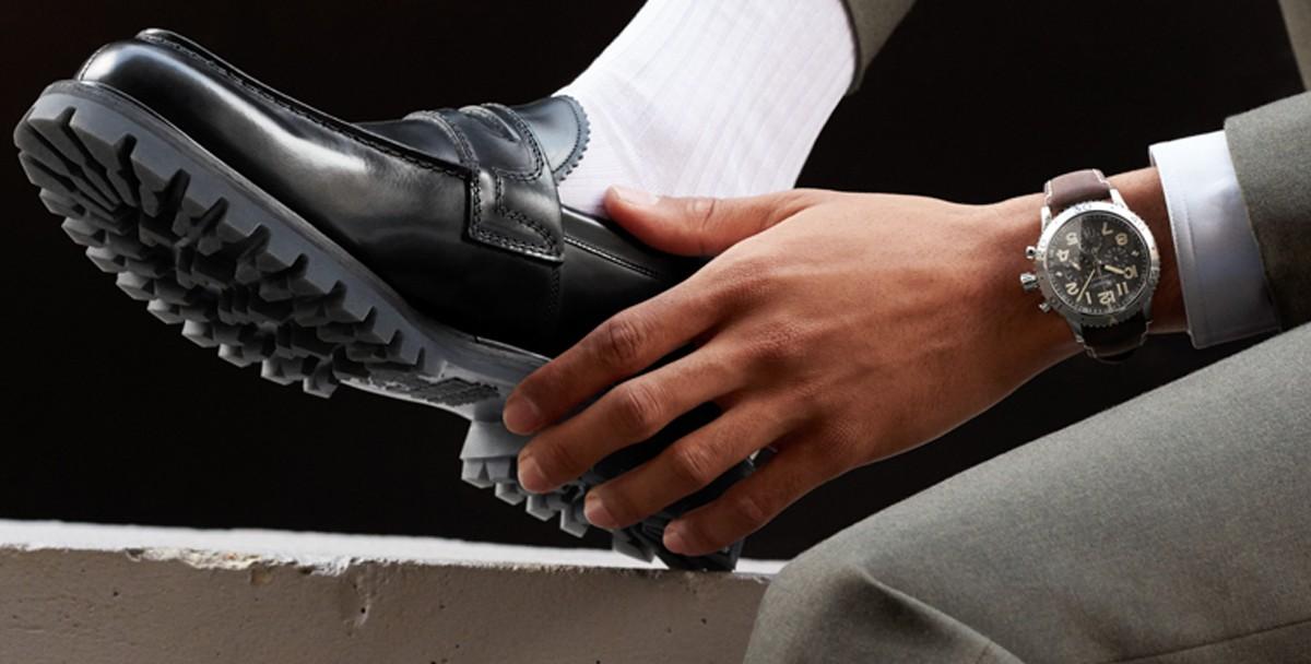 Часы и обувь
