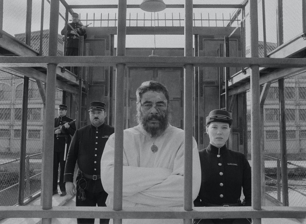 Бенисио дель Торо Французский диспетчер
