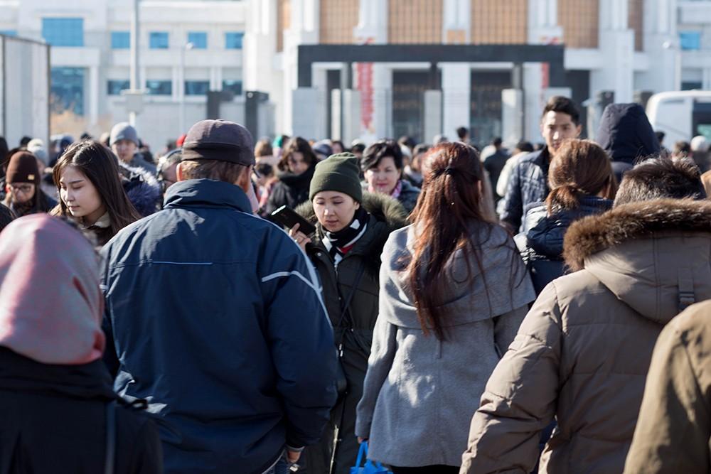 Около 100 тысяч семей в Казахстане нуждаются в адресной социальной помощи