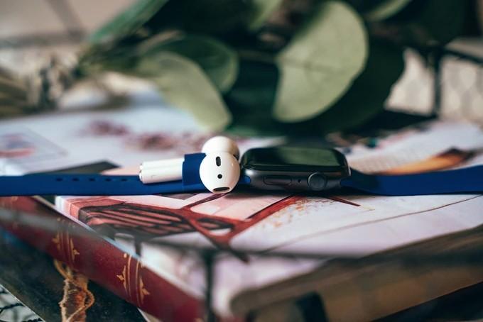 AirBand: как Apple Watch «поженили» с AirPods
