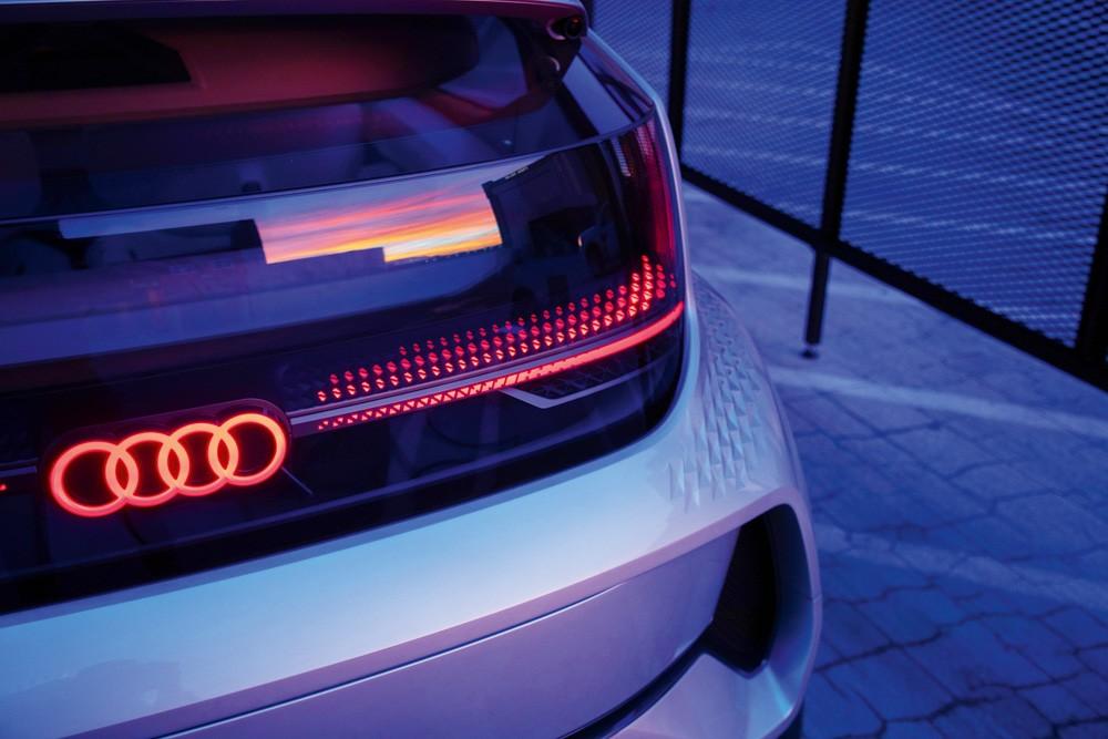 Audi AI: ME вид сзади