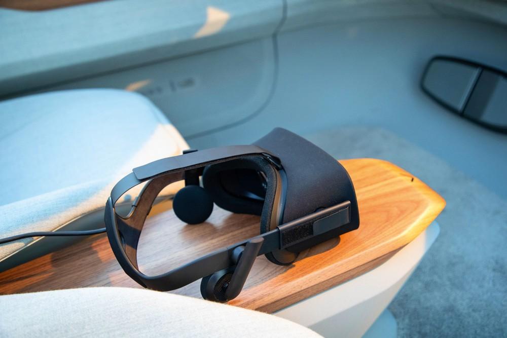Audi AI: ME очки виртуальной реальности