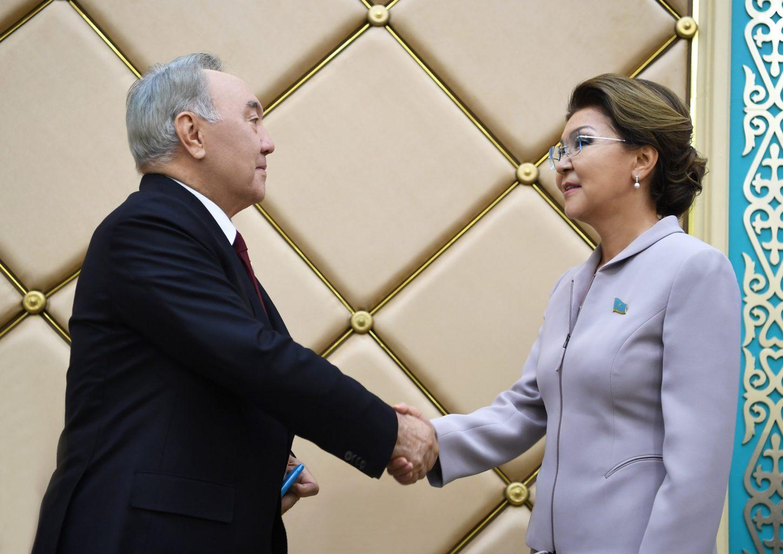 Назарбаева в меньшинстве