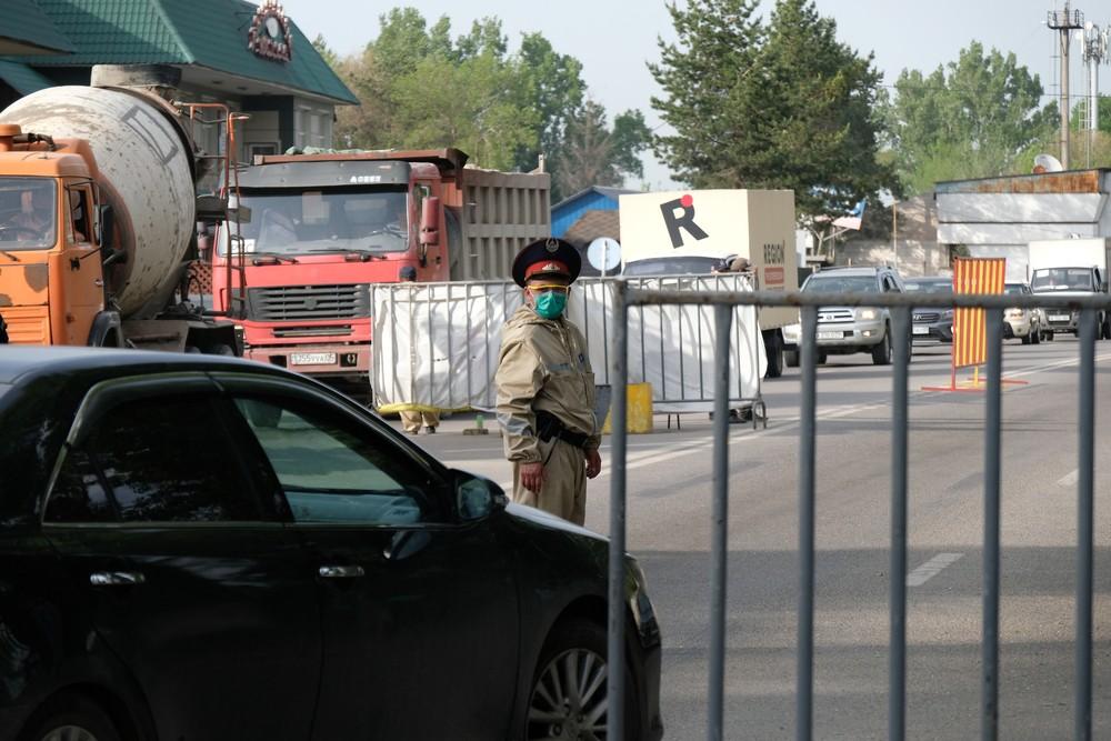Когда снимут блокпосты в Казахстане