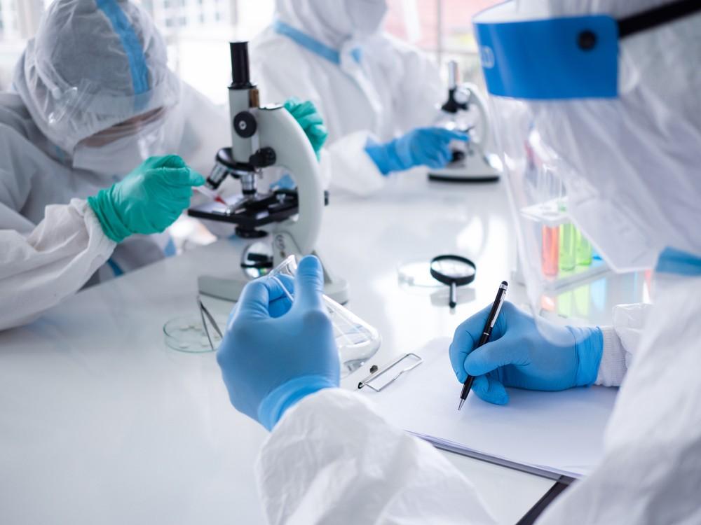 вакцина коронавирус испытания