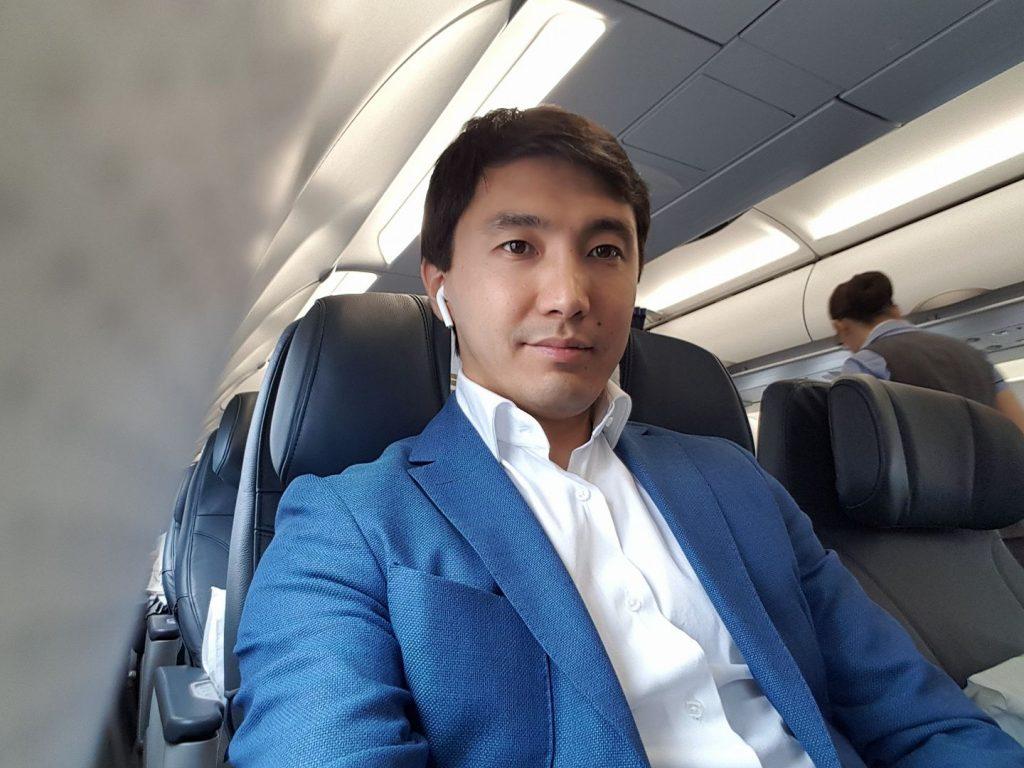 Кайрат Кудайбергенов опубликовал трогательное видео и обратился к казахстанцам