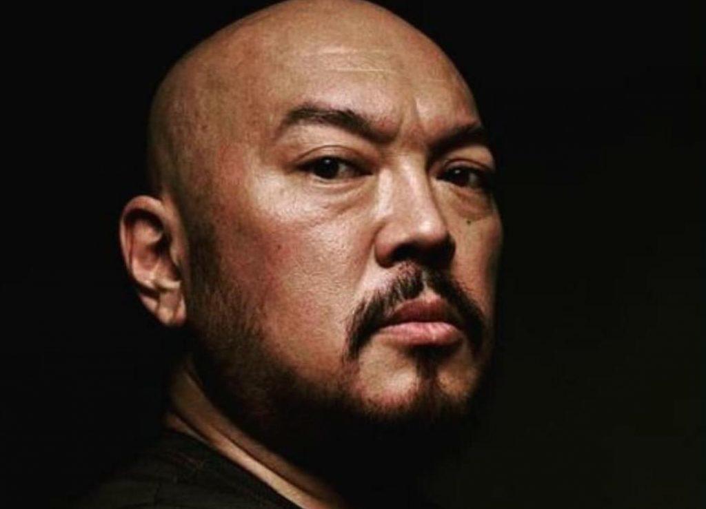 Умер казахстанский актер, исполнивший роль в сериале Netflix