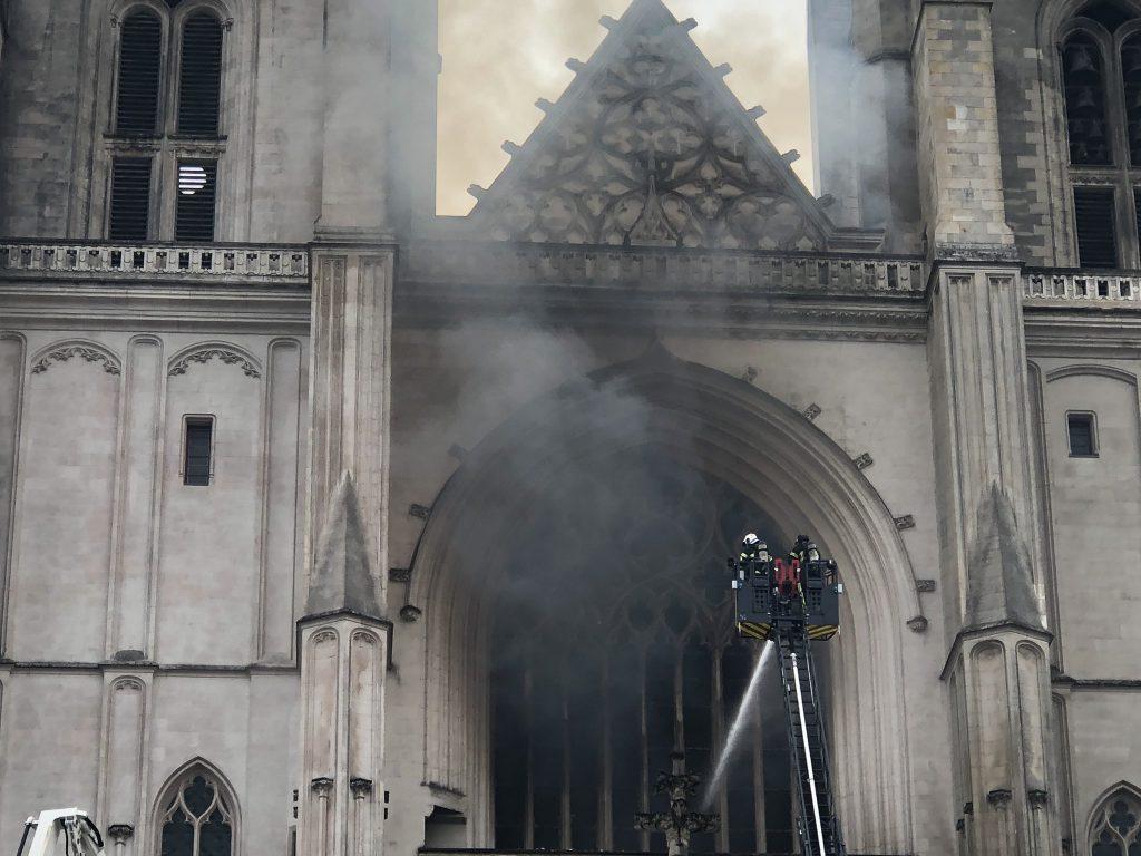 Пожар в Нанте