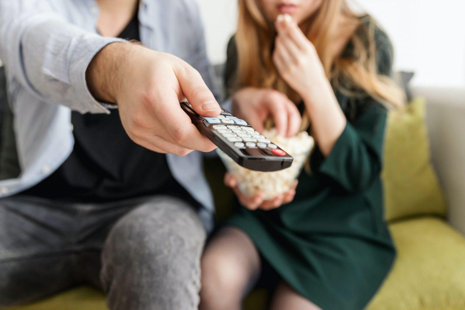 Что посмотреть? Лучшие сериалы Netflix 2020 года