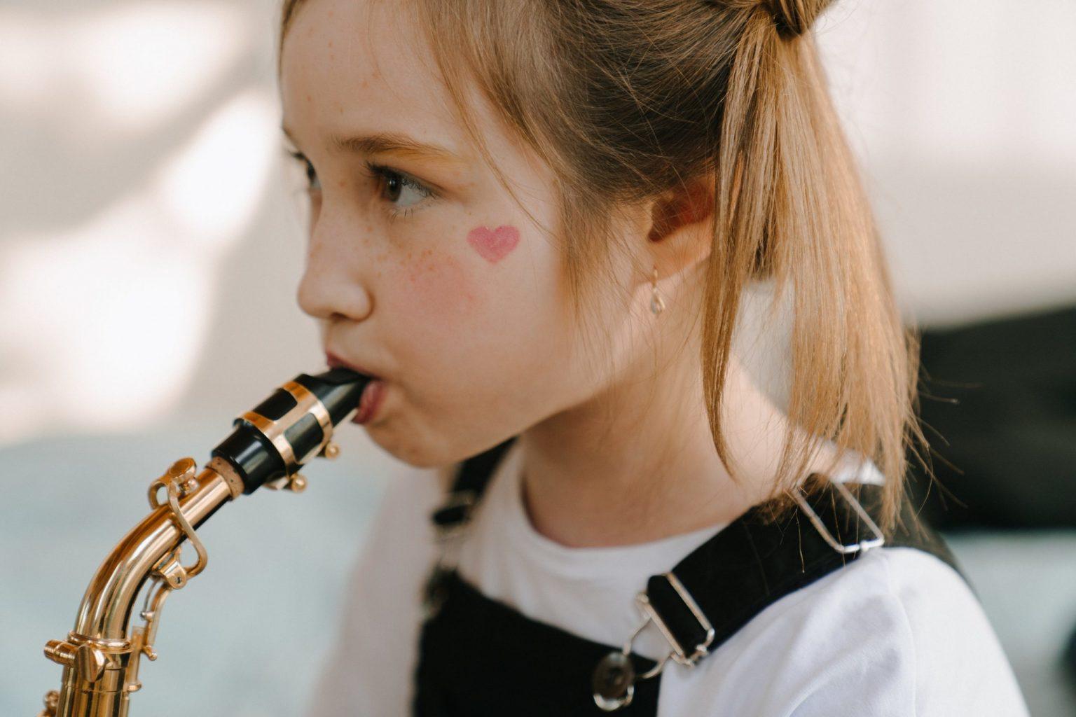 Йога, игра на саксофоне и другие способы укрепить легкие во время пандемии