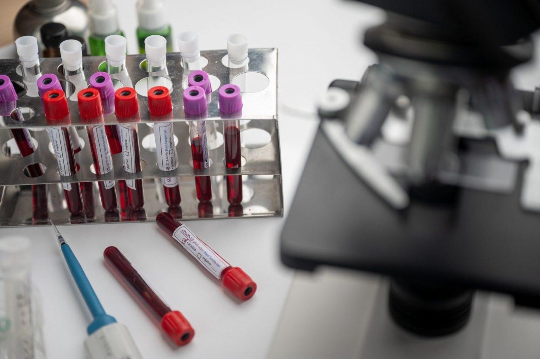 В Казахстане успешно проходят испытания вакцины от COVID-19