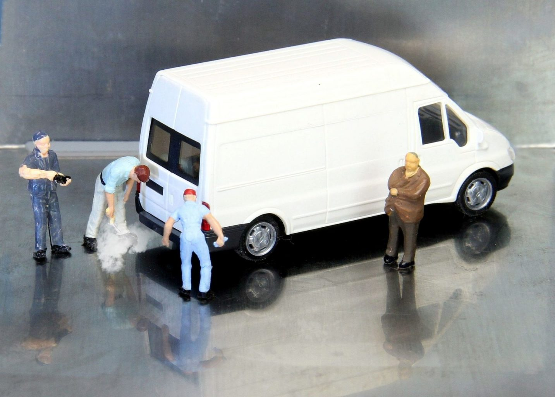 В Алматы предложили усилить контроль за техосмотром и качеством топлива на АЗС