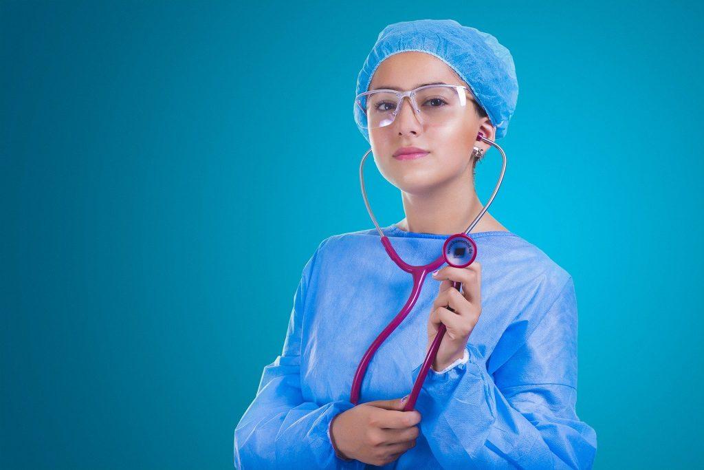 Какие медицинские услуги казахстанцам положены бесплатно и без страховки