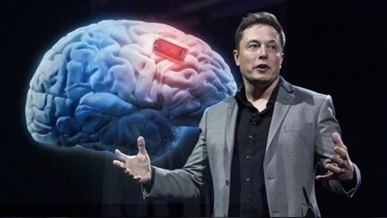 Маск сообщил об успешной имплантации чипа Neuralink в мозг