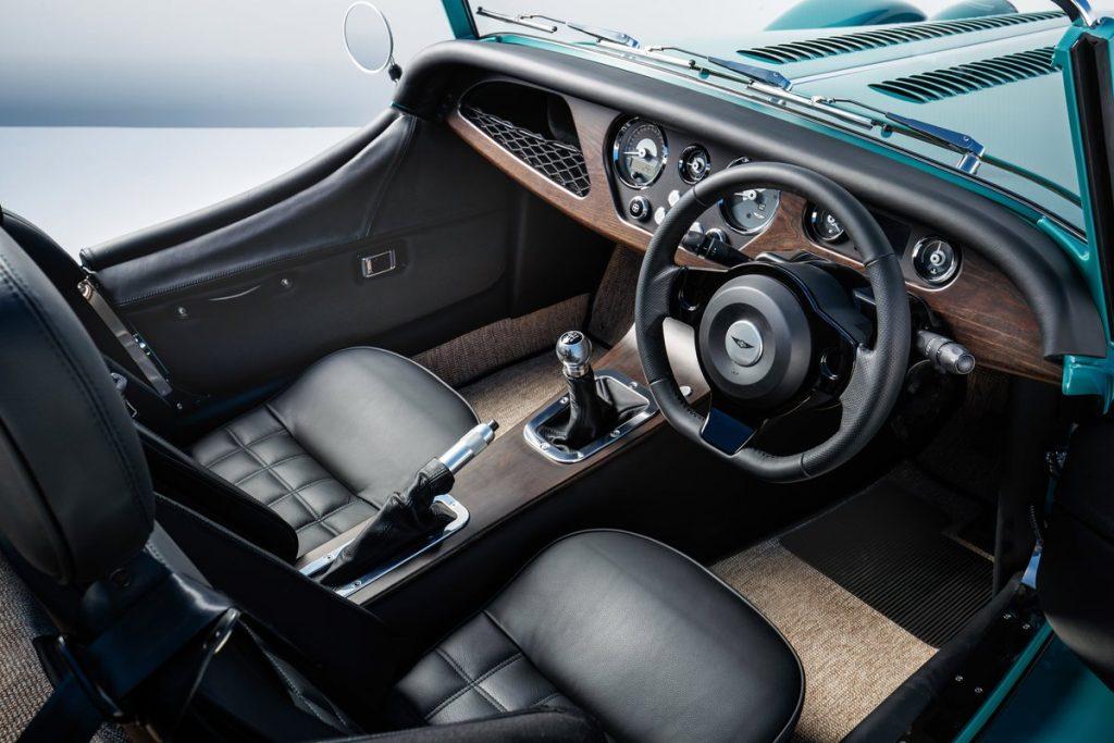 Автомобиль месяца. Morgan Plus Four: британский шик в новом поколении