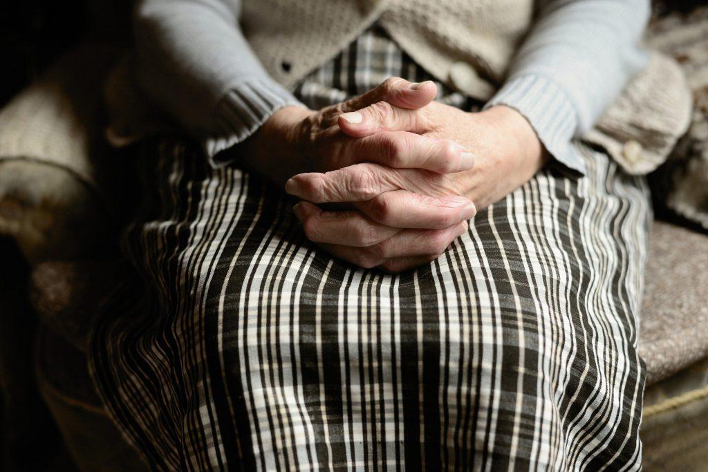 Старушка-людоедка приглашала жертв на ужин