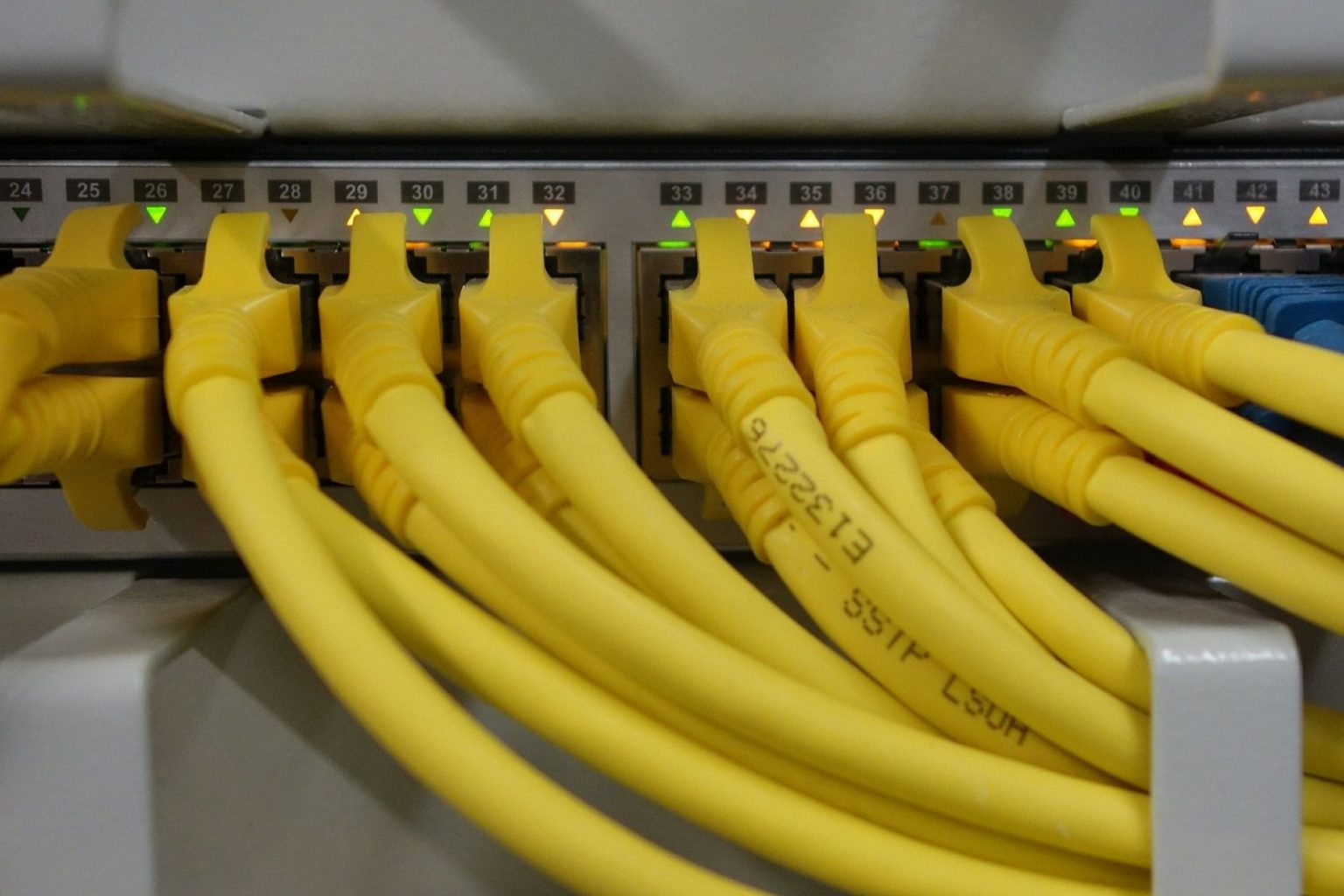 Интернет плохой, потому что Казахстан занимает девятое место по территории