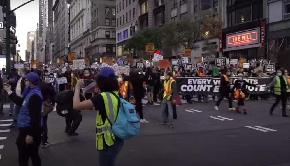 В США начались протесты