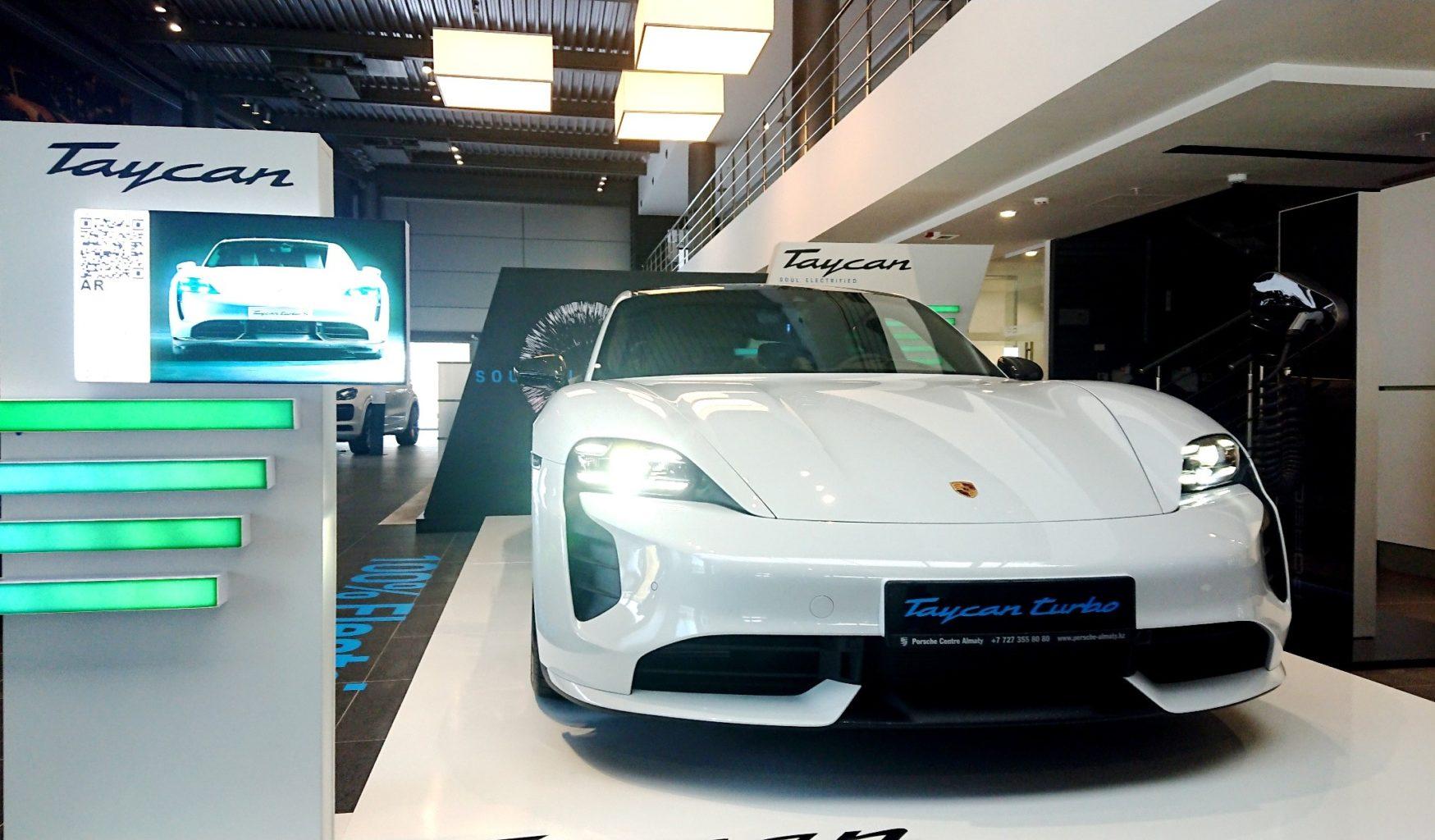 До Казахстана добрался первый спортивный электрокар от Porsche