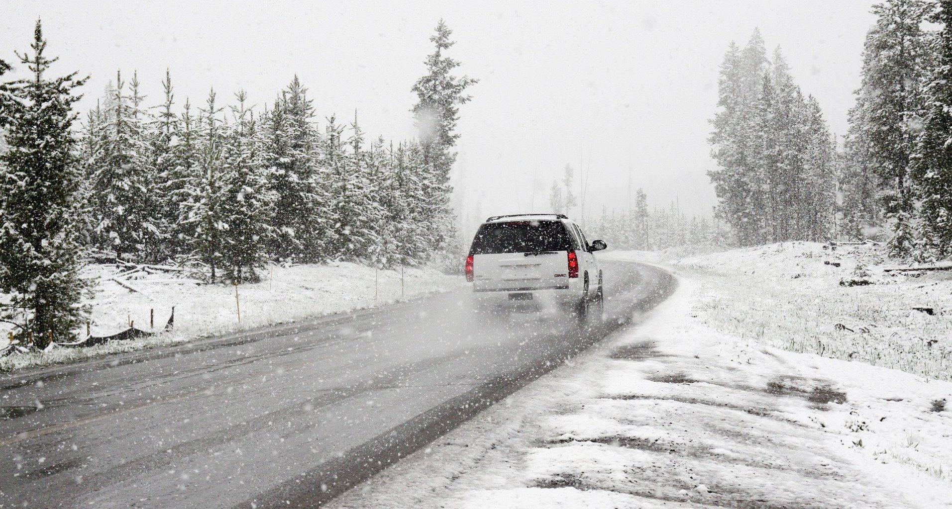 9 пострадавших и 2 летальных исхода – в Алматы выпал первый снег