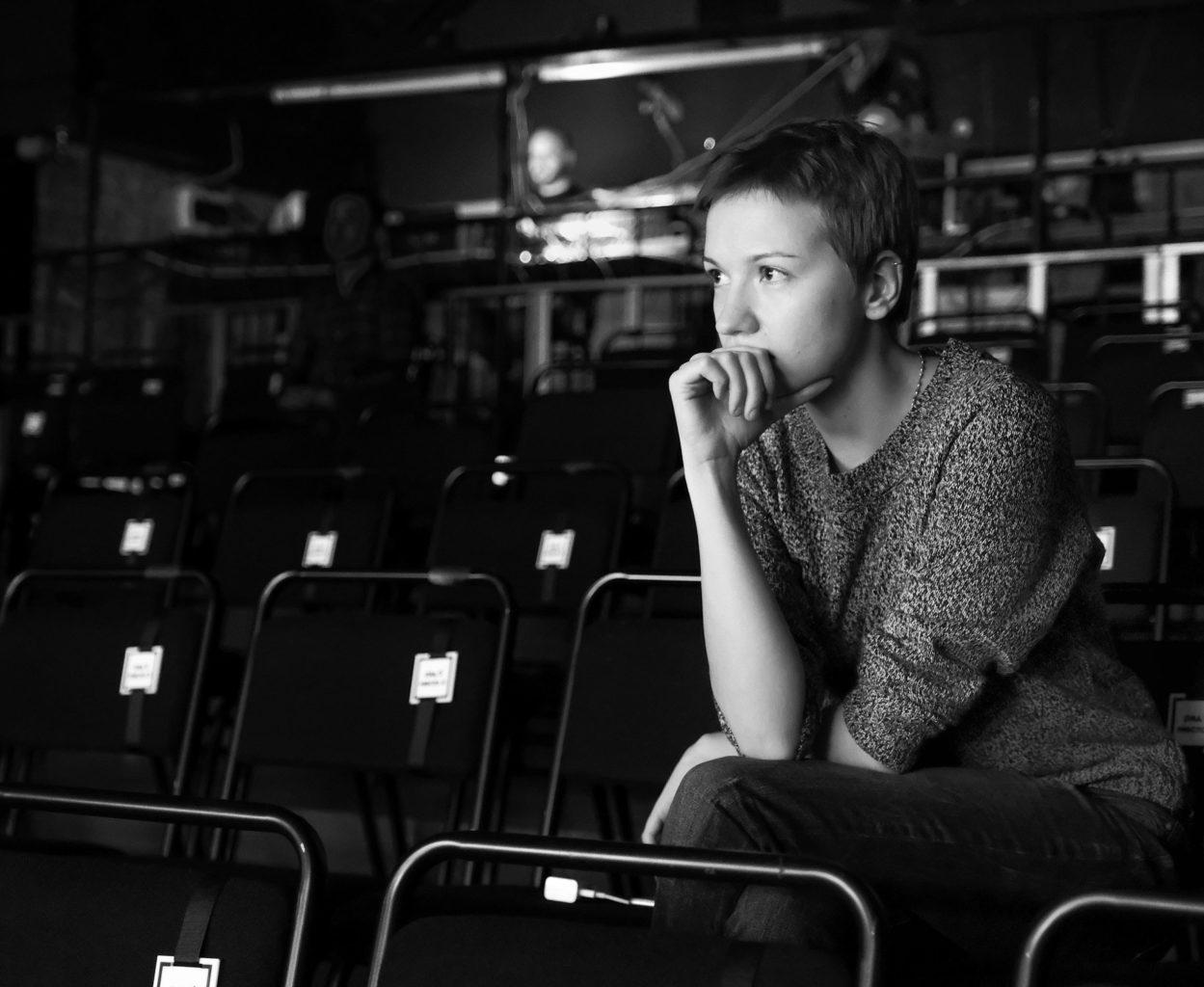 «МОЙ ПАПА МЕНЯ ДОГОНЯЕТ»: ARTиШОК представляет театральный проект для подростков и родителей