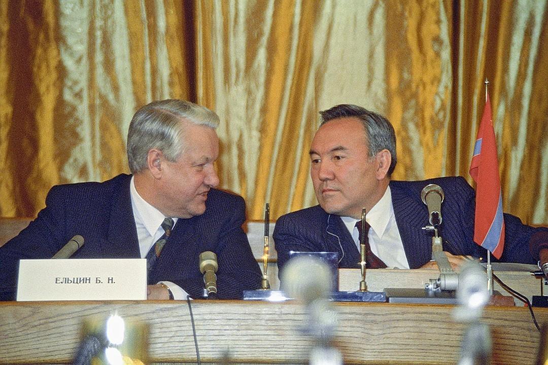 Лихие 90-е: Казахстан хотели разделить на отдельные республики
