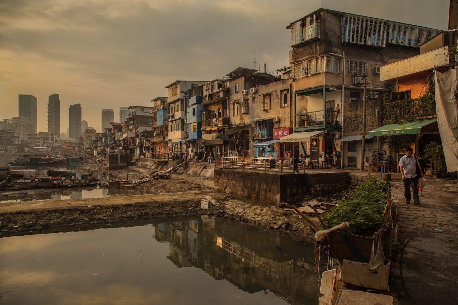 Свыше 32 млн человек окажутся в крайней нищете из-за пандемии