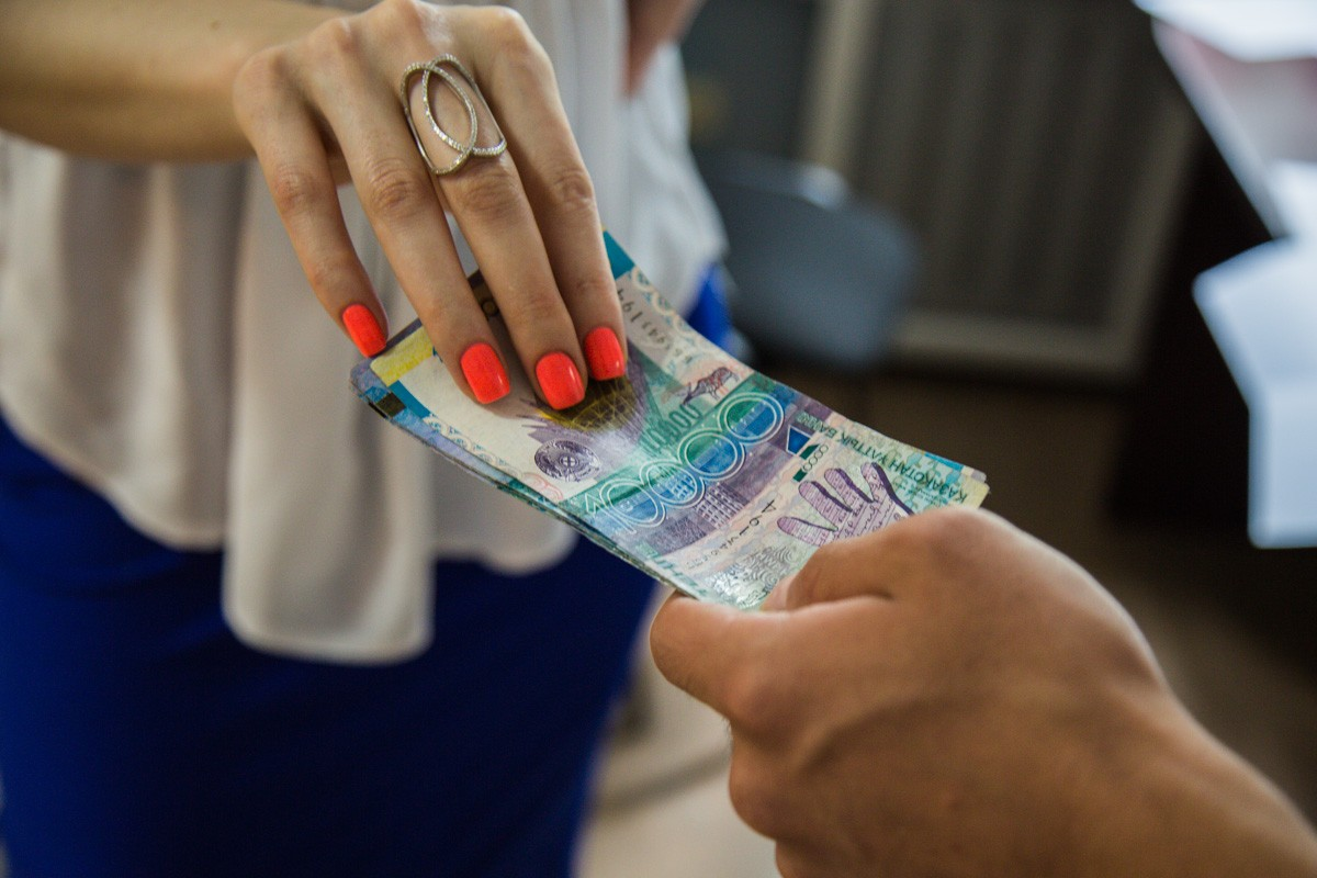 Казахстанцы назвали главных коррупционеров  страны