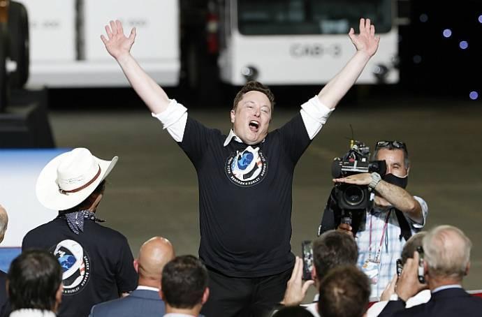 Илон Маск стал богатейшим человеком в мире