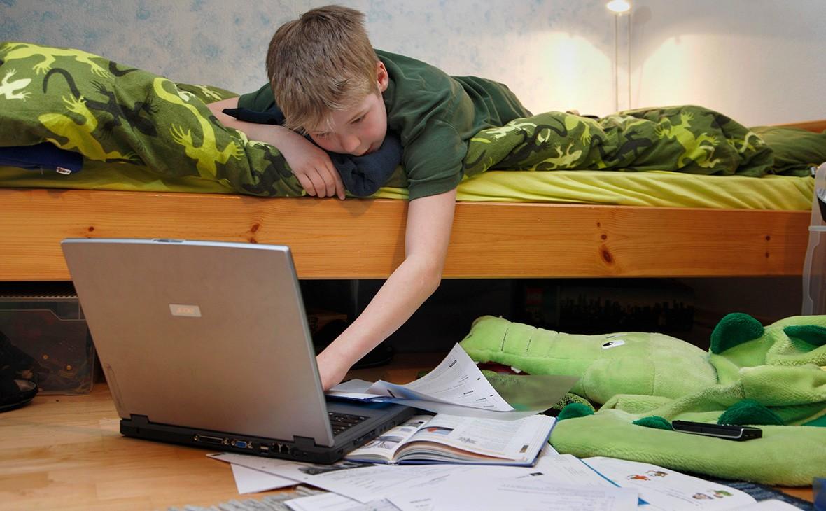 Родители рассказали, как их дети халтурят на онлайн-занятиях