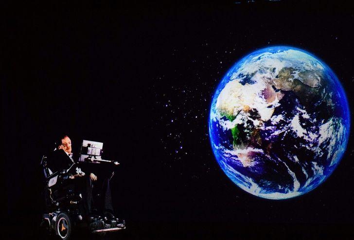 Человек-вселенная Стивен Хокинг: открытия и прогнозы ученого