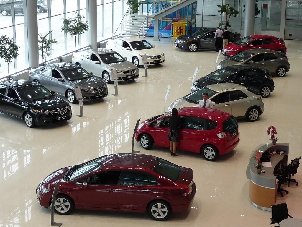 С чем связан резкий рост цен на автомобили в Казахстане?