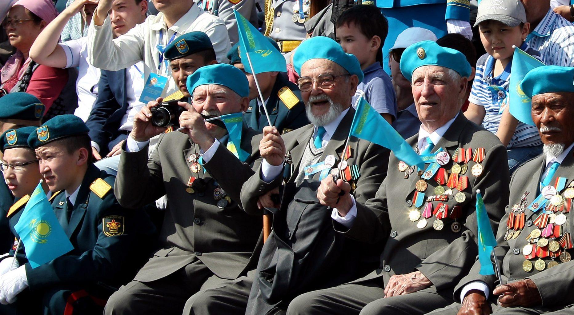 Ветеранам ВОВ предложили выплатить по 1 млн тенге ко Дню Победы