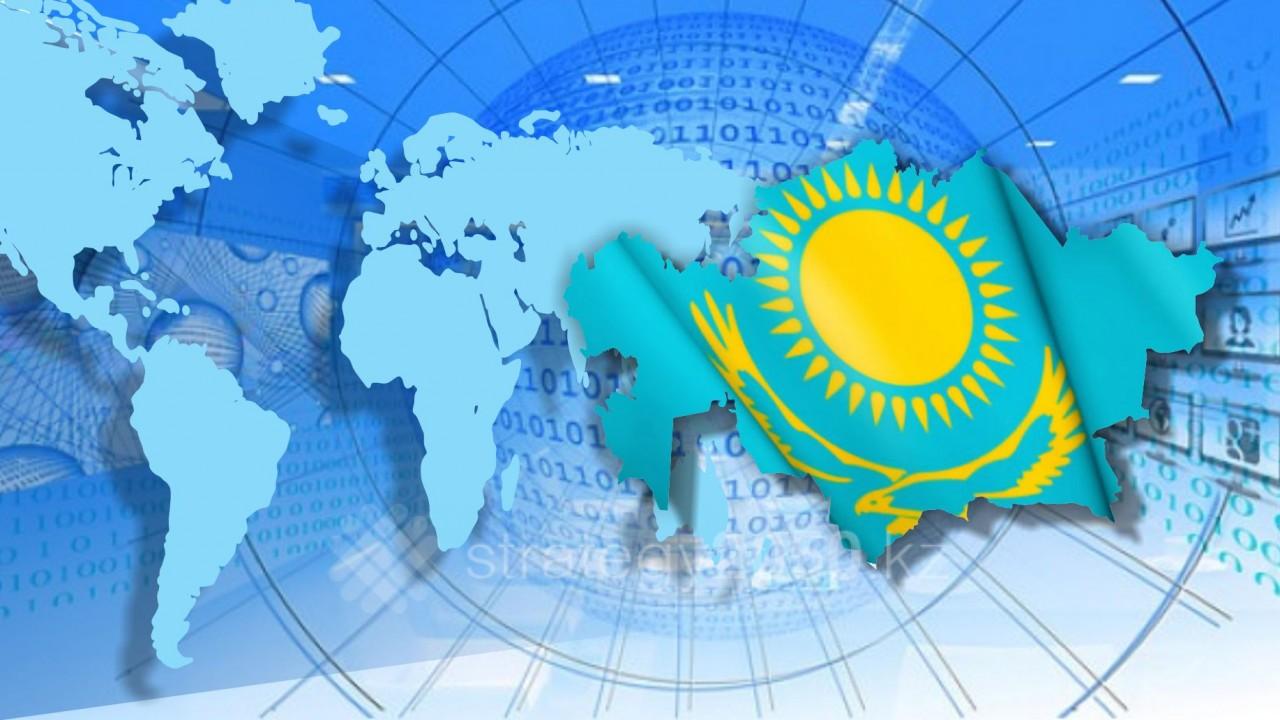 """Петр Своик: Экономика РК """"работает на вывоз"""" и находится под контролем западных инвесторов"""