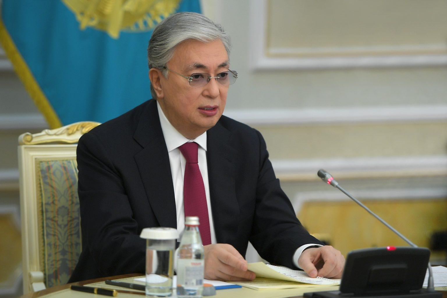 Токаев обратился к гражданам по поводу государственного языка