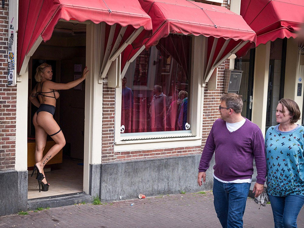В Амстердаме закроют Квартал красных фонарей