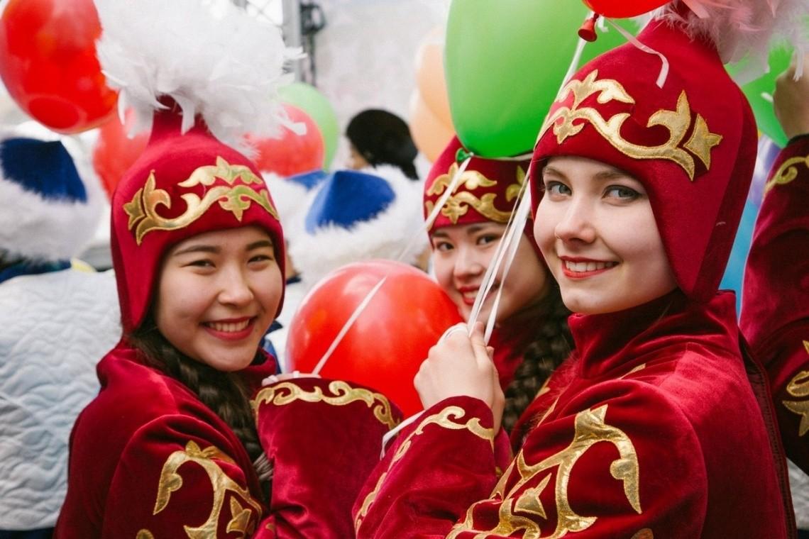 Сколько дней будут отдыхать казахстанцы в марте?