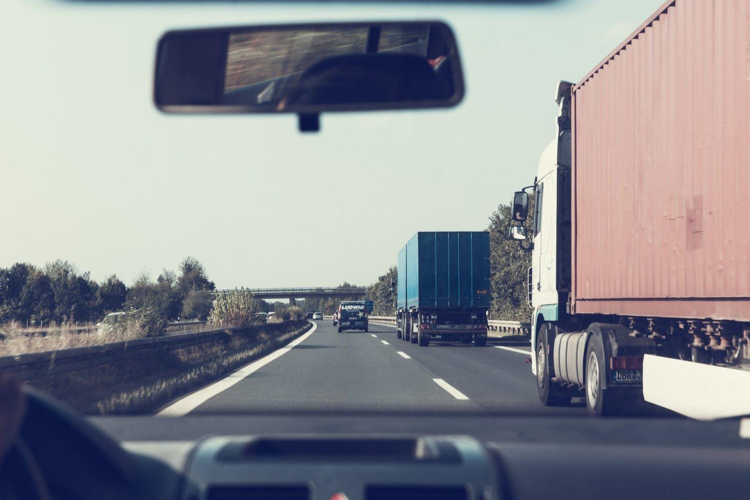 В Алматы ограничат движение грузового транспорта