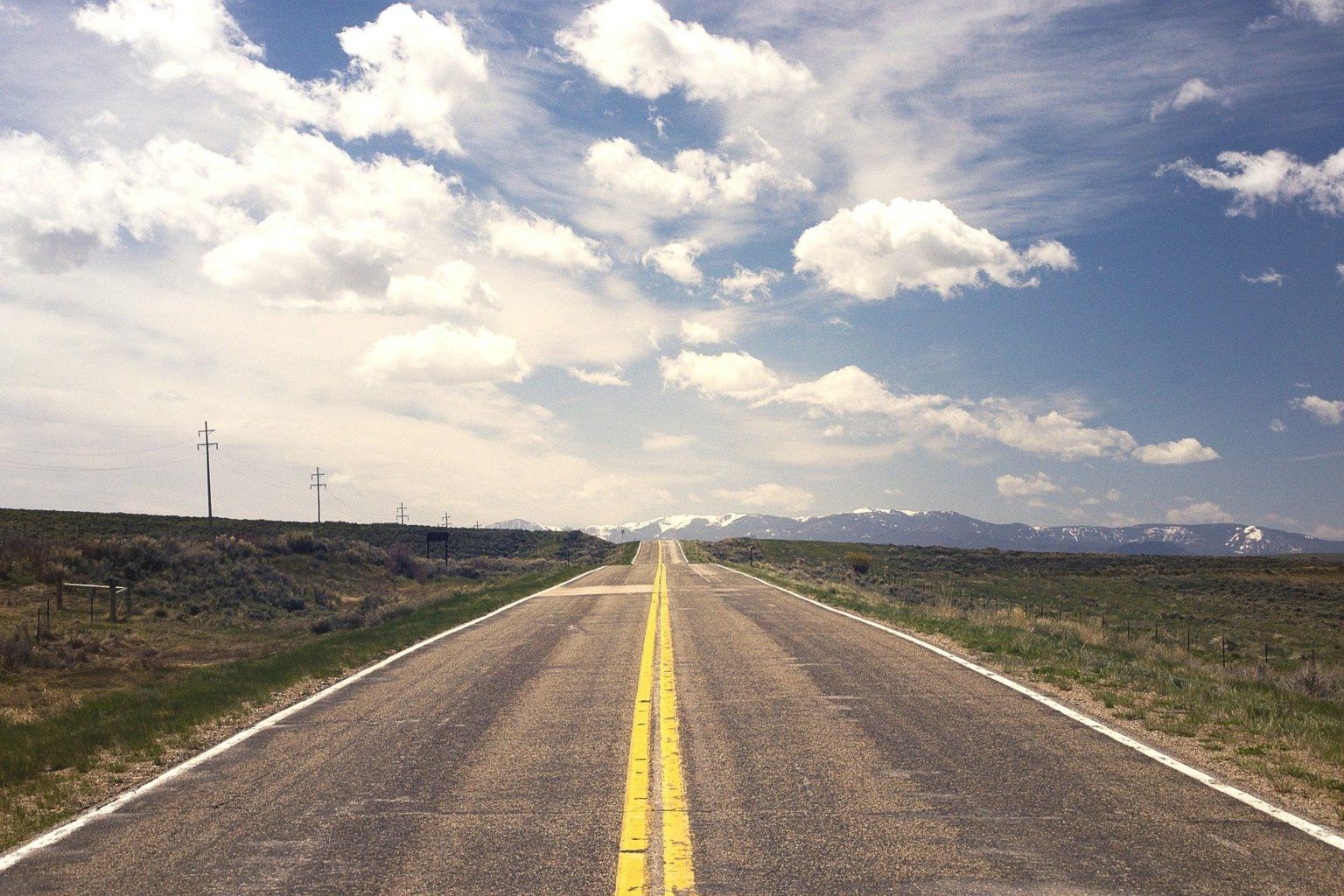 За деньги налогоплательщиков блогеры похвалят казахстанские дороги