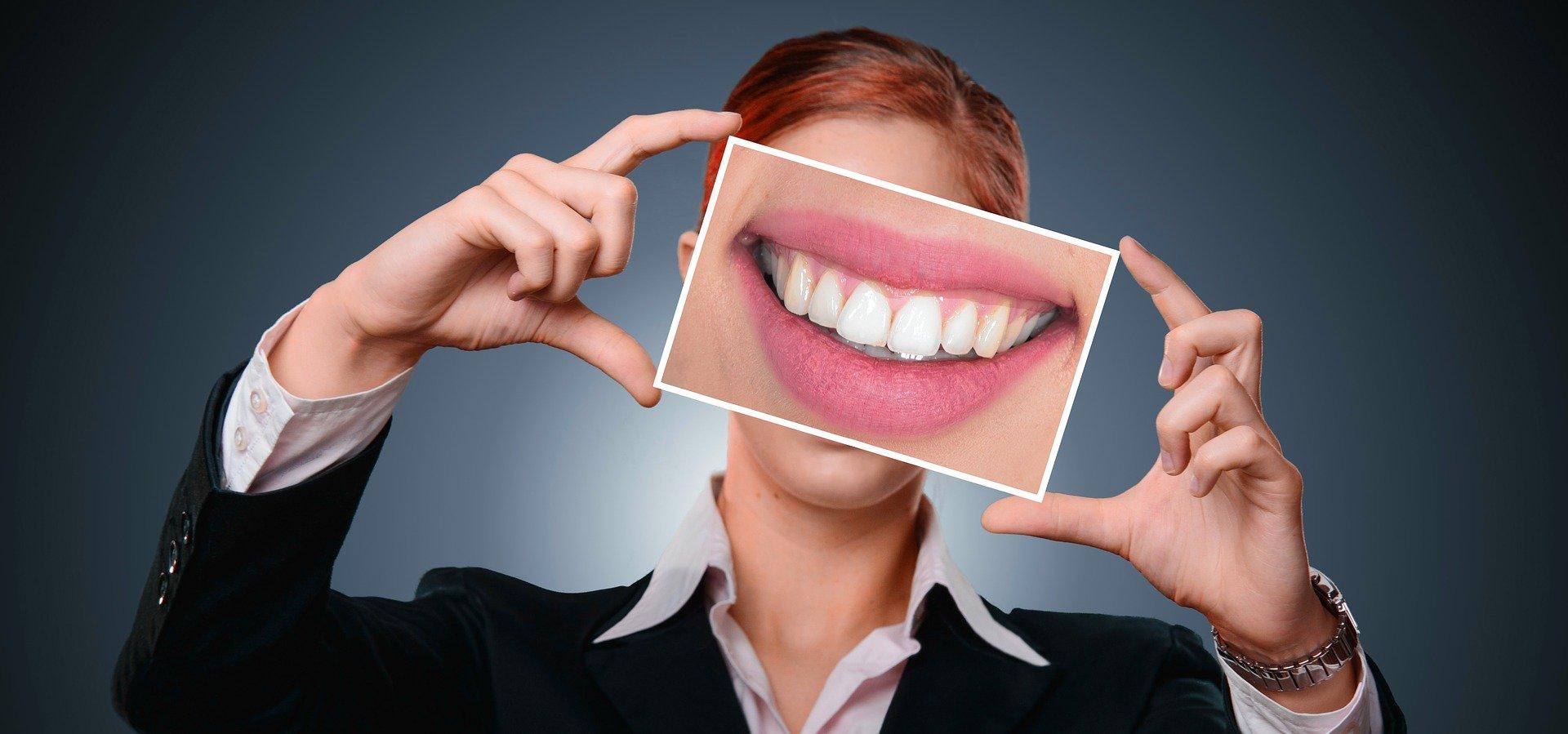 Как ношение масок влияет на зубы