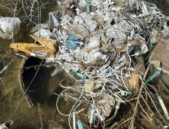 Кто устроил свалку медотходов в Капчагайском водохранилище?