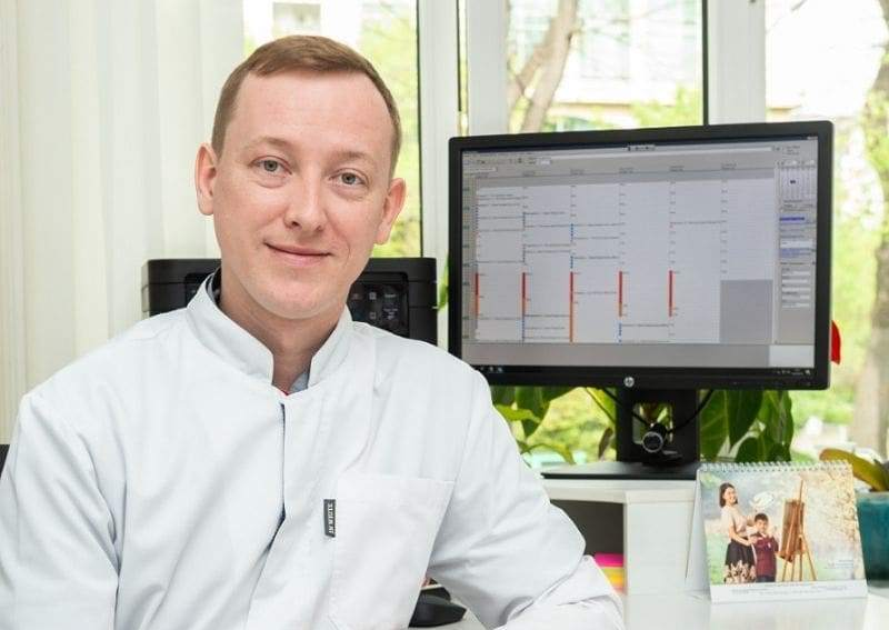 Алматинский врач заразился коронавирусом после вакцинации